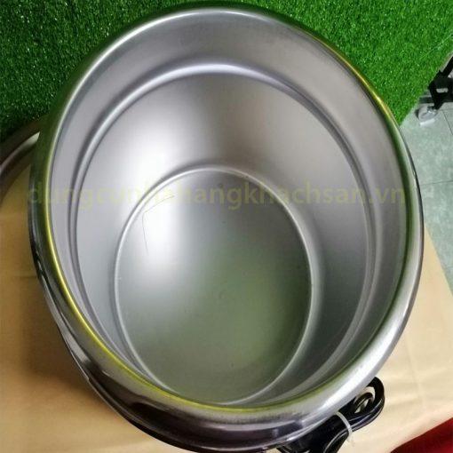 Không gian chứa bên trong nồi soup
