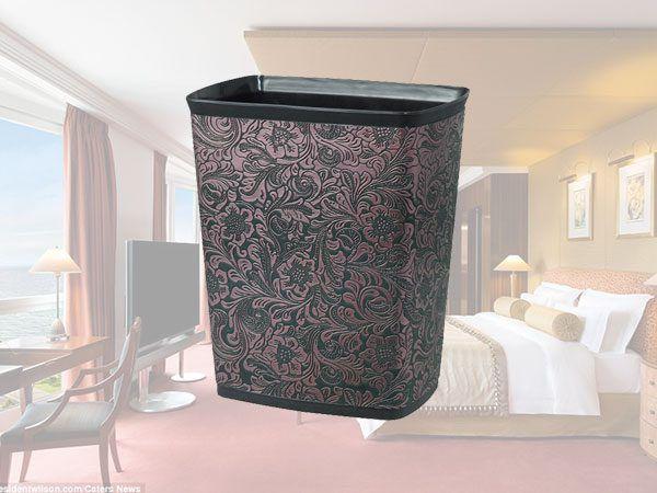 Thùng rác trong phòng