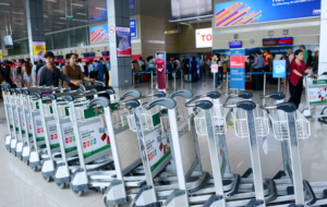 Sản xuất xe đẩy hành lý tại sân bay