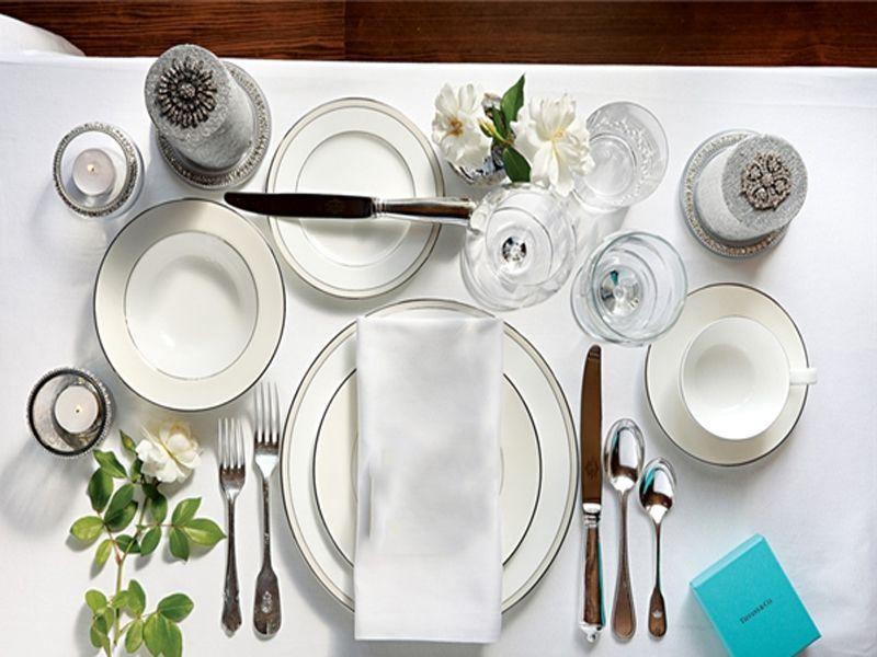 Dao muỗng nĩa vật dụng không thể thiếu cho mỗi bữa tiệc