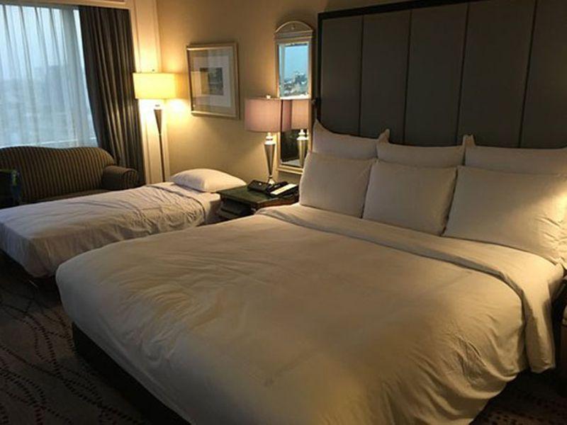 Giường extra bed trong khách sạn