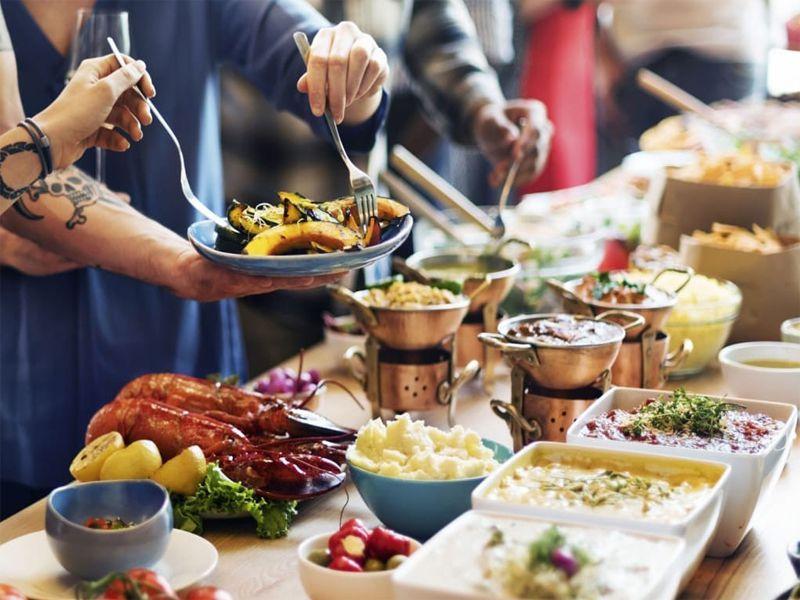 Bạn hiểu như thế nào là phục vụ tiệc buffet?