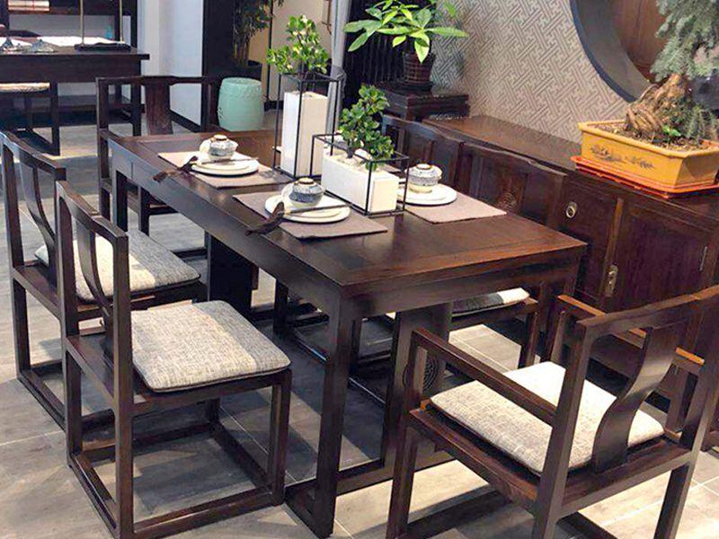 Lưu ý khi chọn bàn ghế nhà hàng - cafe