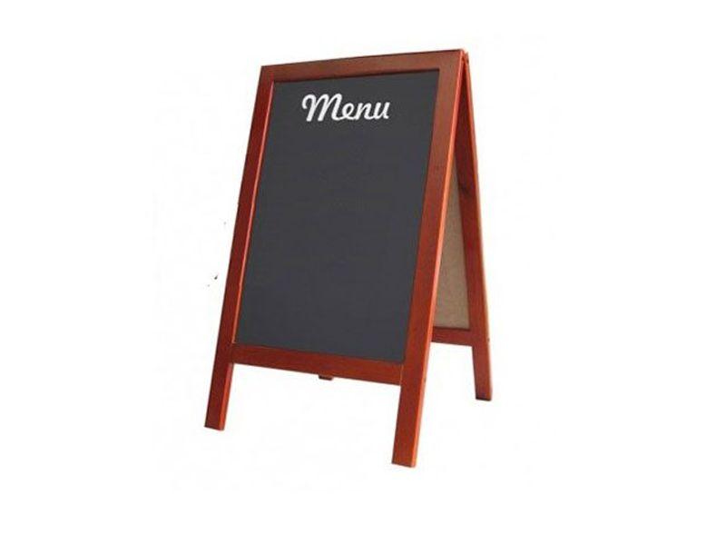 Chất liệu gỗ của bảng menu thường được sử dụng khá phổ biến