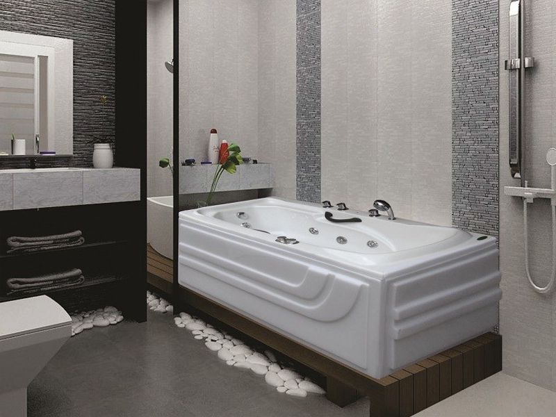 Các đồ dùng phòng tắm cần được sắp xếp hợp lý