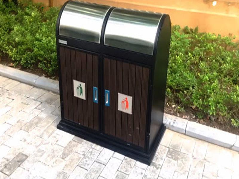 Thùng rác nắp tròn inox khá phổ biến tại Việt Nam