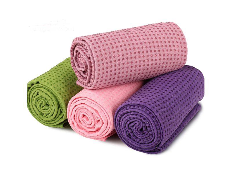 Bề mặt thảm cũng đảm bảo được khả năng chống trượt hiệu quả của thảm