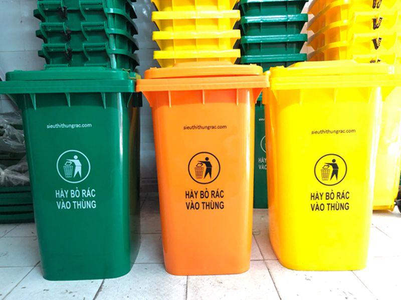 Thùng rác nhựa tại Dụng cụ nhà hàng khách sạn thường được sử dụng tại những nơi công cộng