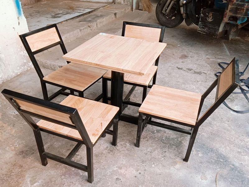 Mẫu bàn ghế quán nhậu cần phải đảm bảo được tính thẩm mỹ