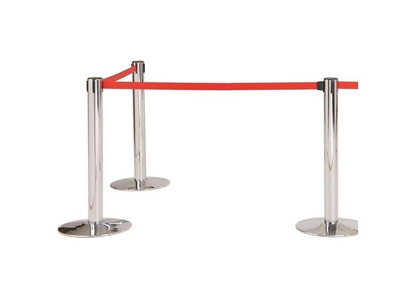 Cột chắn dây căng là sản phẩm chuyên dụng cho sân bay