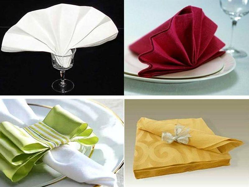 Khăn giấy cho vào ly theo hình quạt đứng
