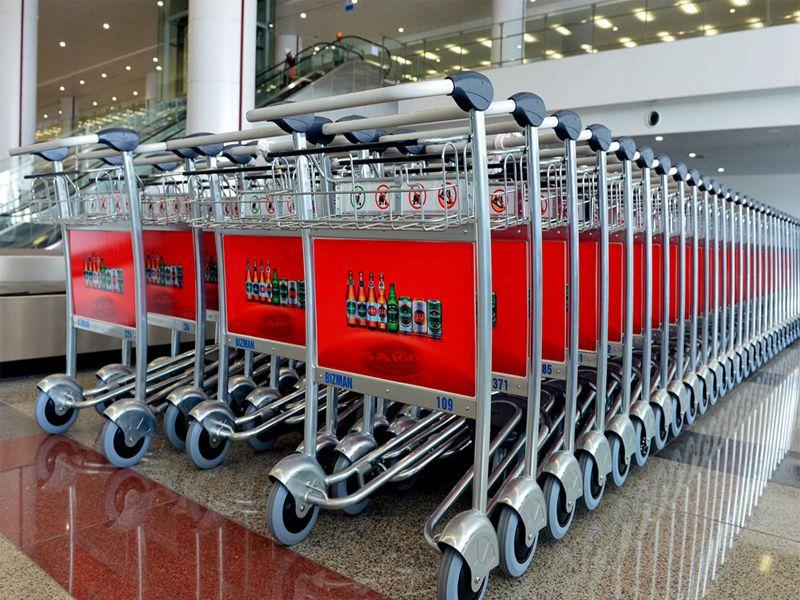 Giá xe đẩy hành lý sân bay tại Dungcunhahangkhachsan là bao nhiêu?