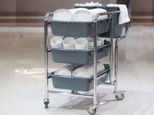 Công dụng của xe đẩy phục vụ thu dọn thức ăn