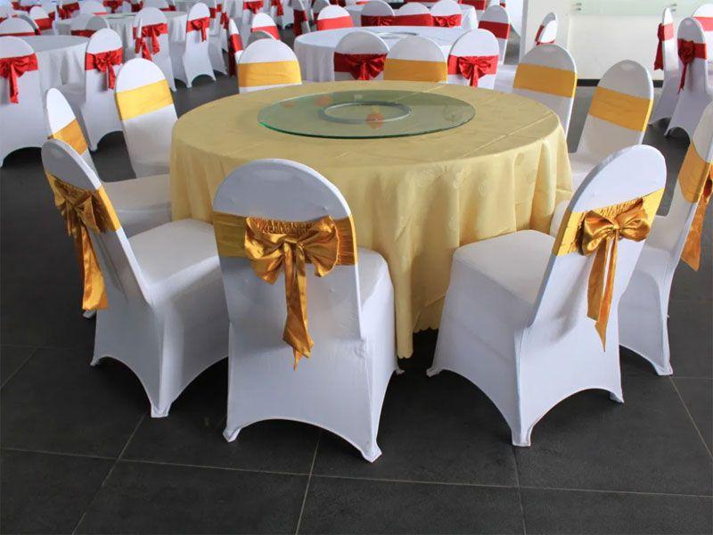 Bàn tiệc và ghế Banquet bộ đôi không thể thiếu đối với nhiều nhà hàng, khách sạn hiện nay