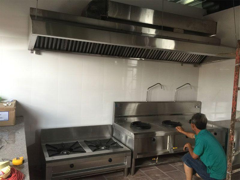 Các loại bếp Á trong hệ thống thiết bị nhà hàng tiệc cưới
