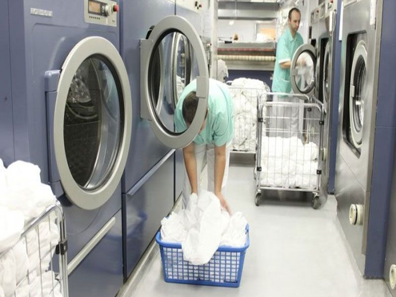 Bạn hiểu như thế nào về xe đẩy đồ giặt là