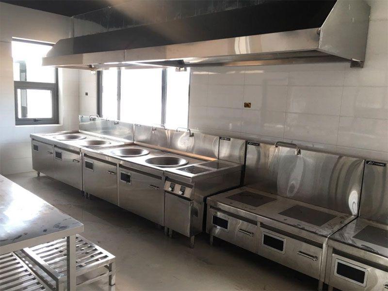 Bếp công nghiệp thường có giá thành hợp lý