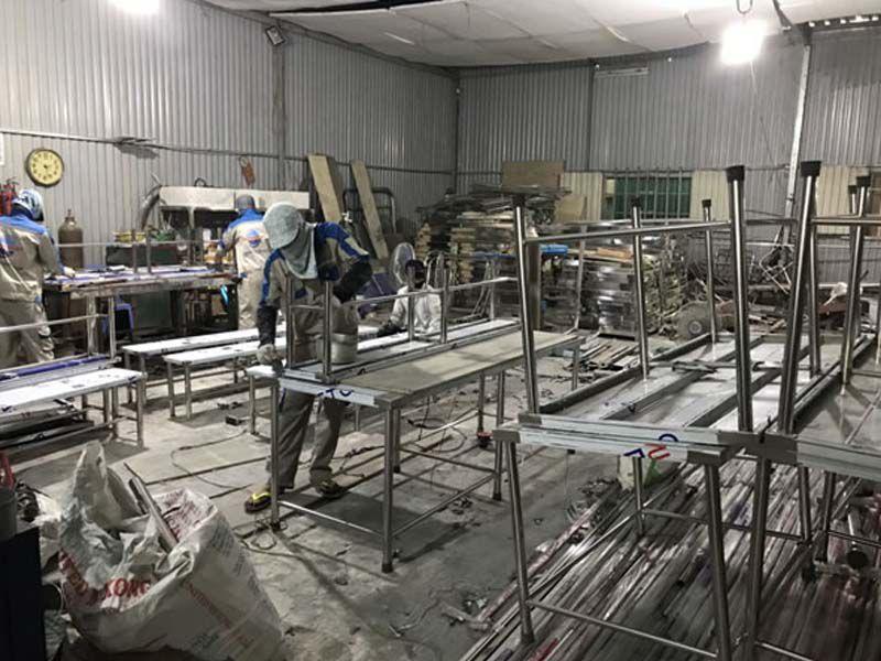 Dungcunhahangkhachsan – Địa chỉ sản xuất và cung cấp bàn bếp công nghiệp uy tín
