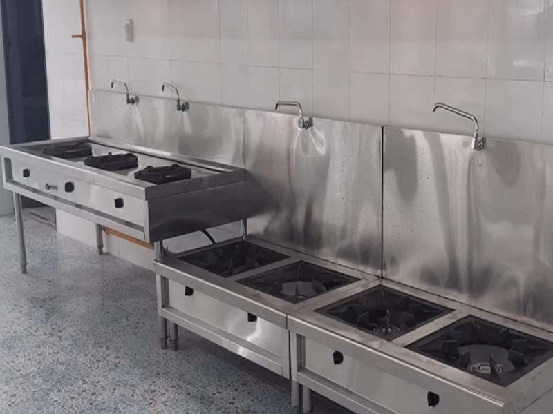 Bếp Á công nghiệp luôn được khách hàng lựa chọn và sử dụng
