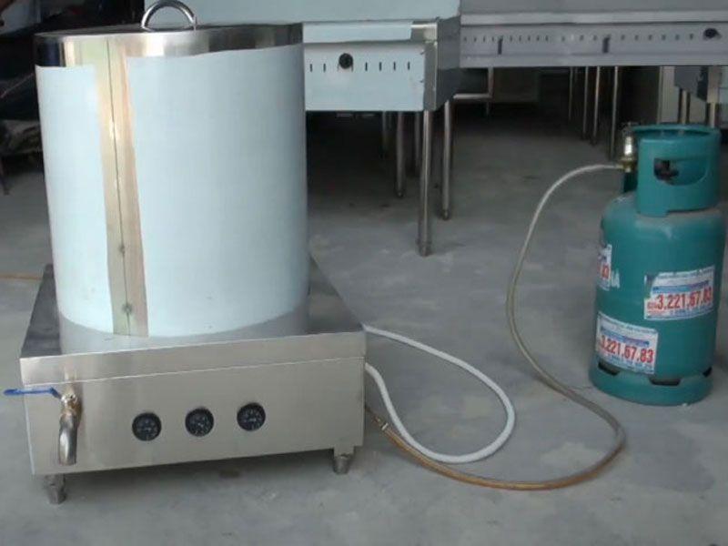 Sự khác nhau về cấu tạo của nồi nấu phở bằng gas và điện