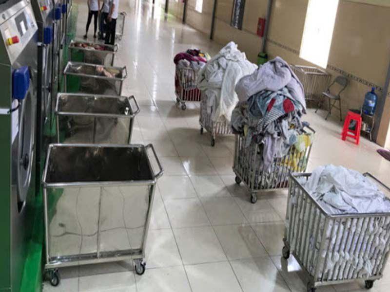 Dungcunhahangkhachsan – Địa chỉ sản xuất cung cấp xe đẩy giặt là khách sạn trên toàn quốc