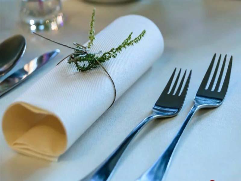 Cách sử dụng dao nĩa tinh tế cho các bữa ăn theo phong cách Âu Mỹ