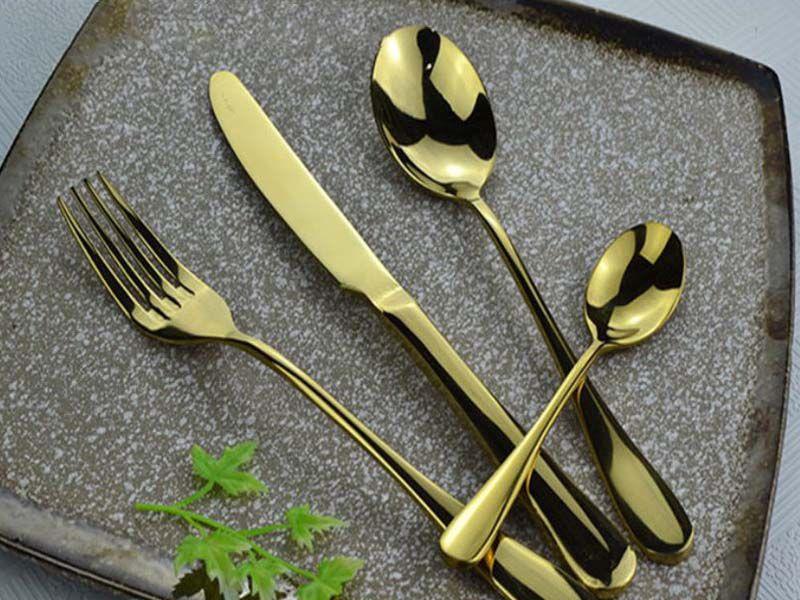 Cần biết cách bảo dưỡng bộ dao muỗng nĩa inox luôn sáng bóng để đồ dùng luôn đẹp như mới
